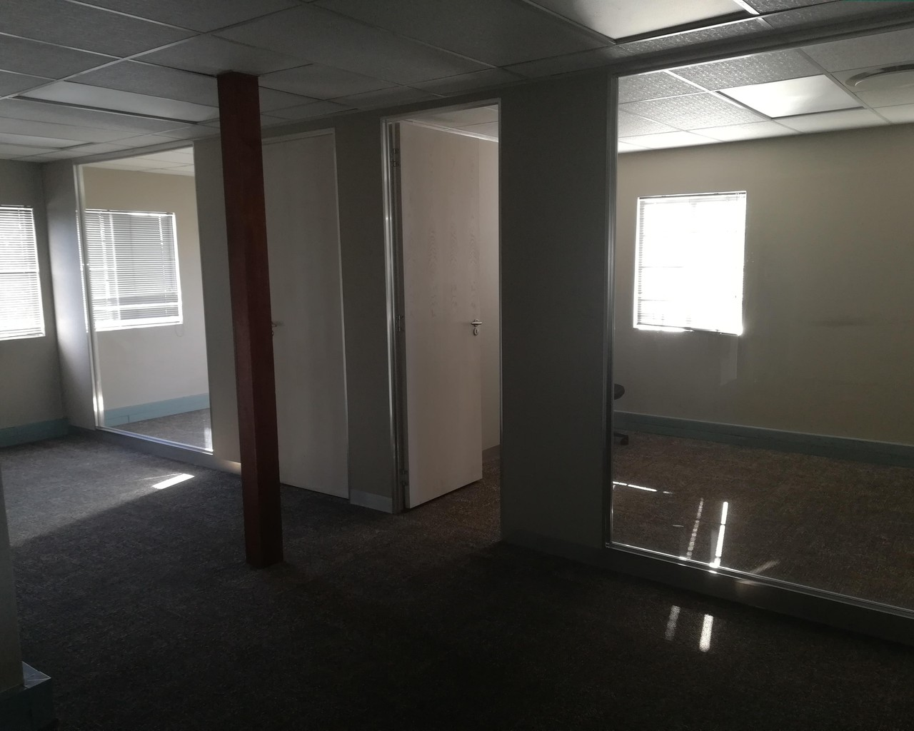 162m Office To Let In Kempton Park De Lucia Properties